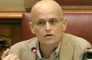 El portavoz de Unidas Podemos, Ramón Trujillo