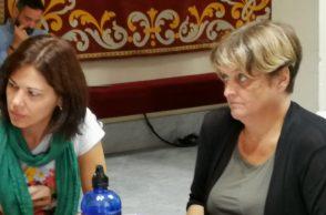 Las concejalas de Unidas Podemos en Santa Cruz, Yaiza Gorrín (izquierda) y Dolores Espinosa.